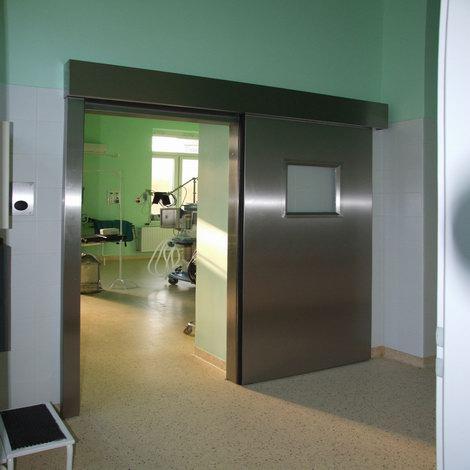 Rozsdamentes kórházi műtőajtó